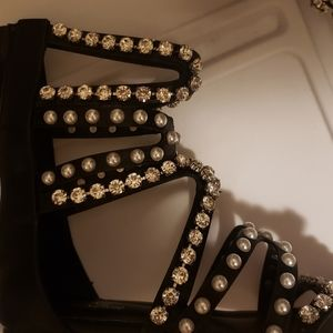 GoJane Shoes - 🔥Go Jane Rhinestone & pearl bling sandal 🔥